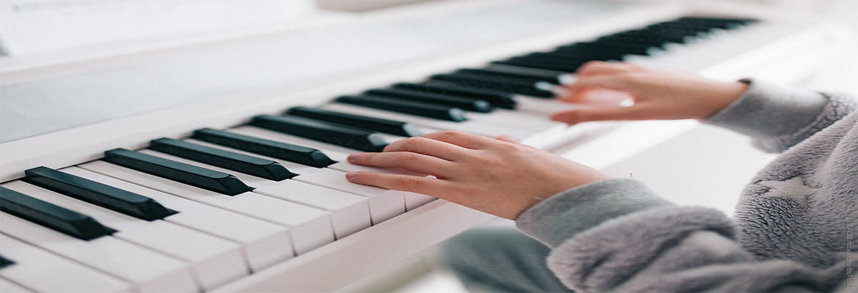 antalya-piyano-dersi-kursu-ogretmeni