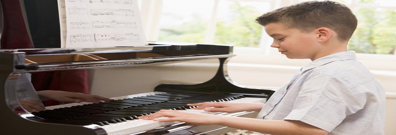 antalya-piyano-dersi-kursu-ogretmeni1
